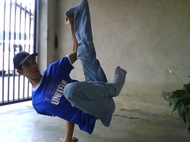 B-BOY FERNANDO