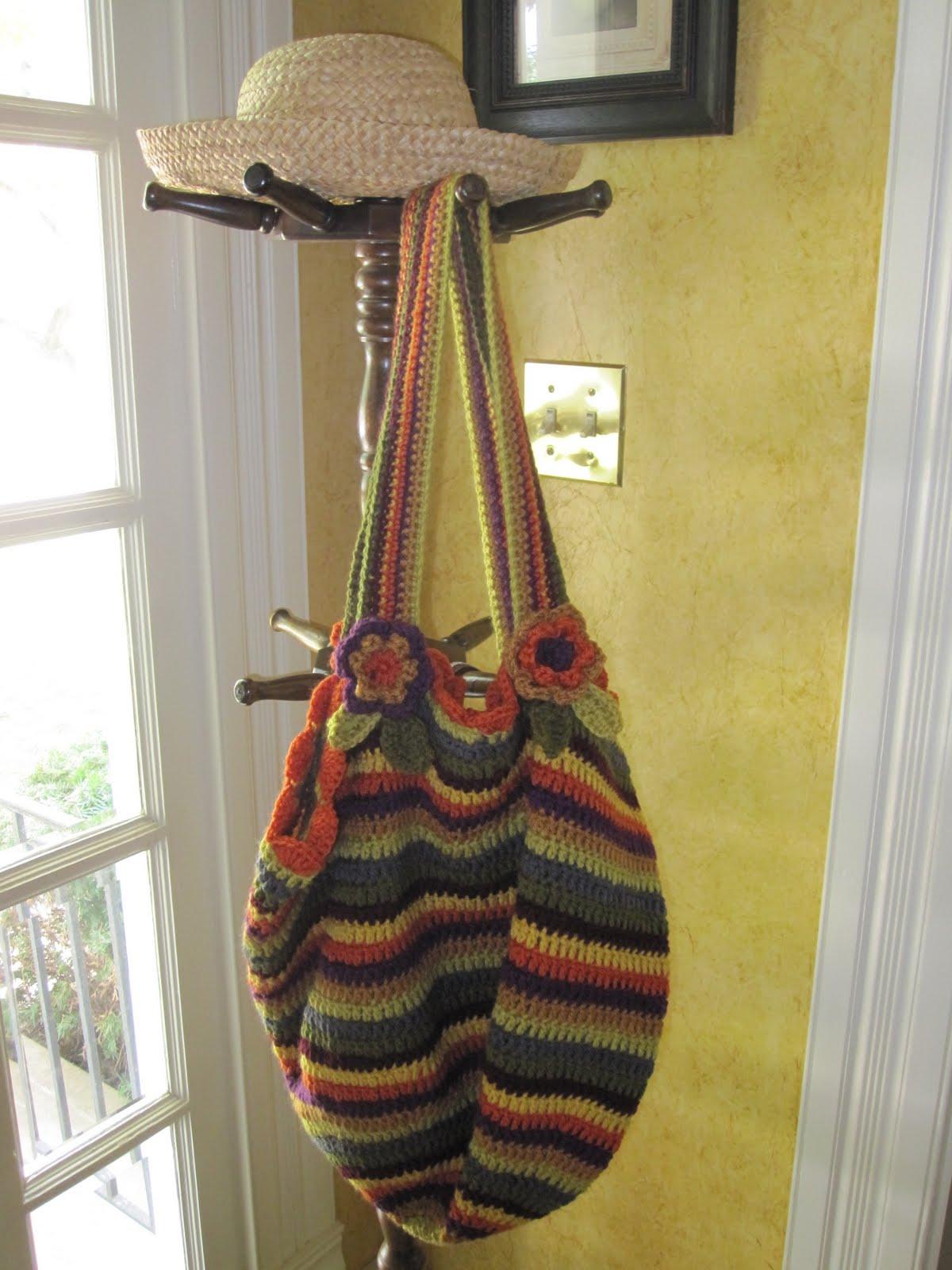 Plastic Bag Tote - Marlo's Crochet Corner - Brittany Crochet hooks