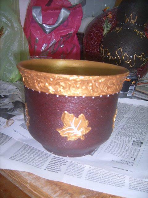 Taller de l jar y los carlos macetero de barro decorado - Maceteros de barro ...