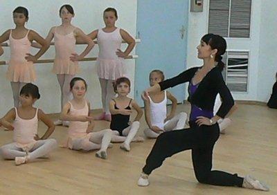 Le bon coin des profs de danse domicile sur for Barre de danse le bon coin