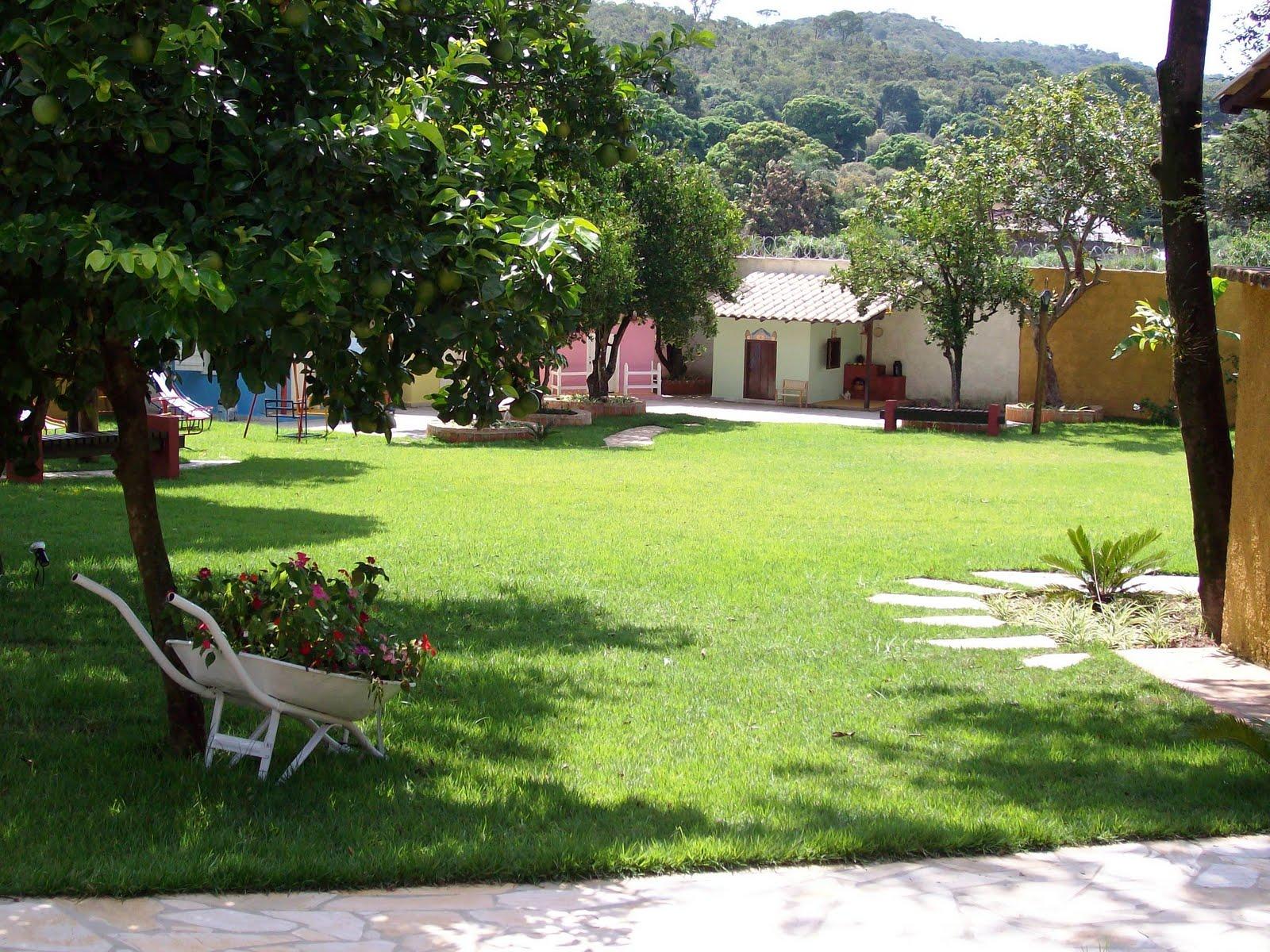 Quintal brasil for O jardins d eglantine