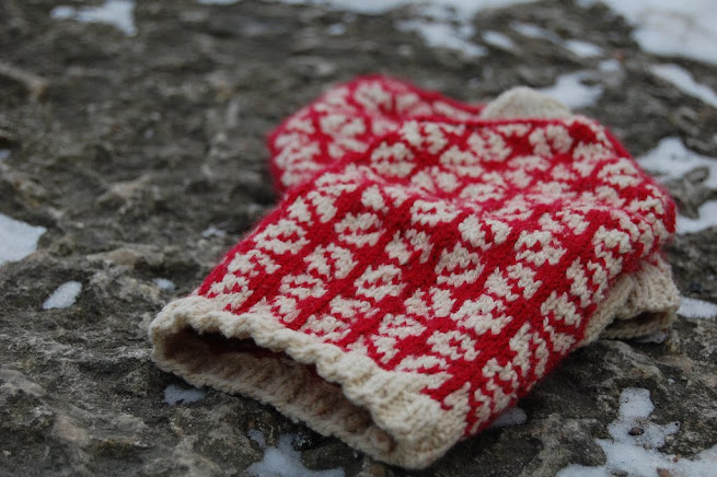 Red Heart Yarn Free Knitting Patterns and Free Crochet Patterns