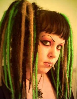 There are two different types of dreads for gothic hairstyles: falls,