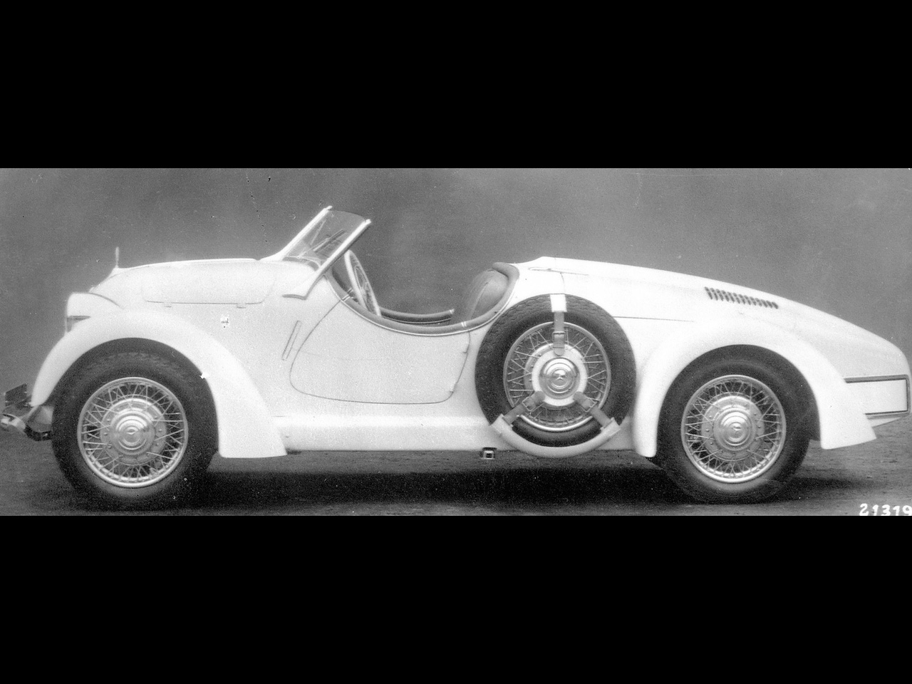 Ernie 39 s place mercedes benz 150 roadster 1935 for Mercedes benz 150