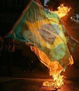 http://2.bp.blogspot.com/__se8WtJmSX4/SXyJAs-J0JI/AAAAAAAABDk/BR9k3FQUfCE/s400/MST+e+paraguaios+queima+bandeira+do+Brasil.jpg