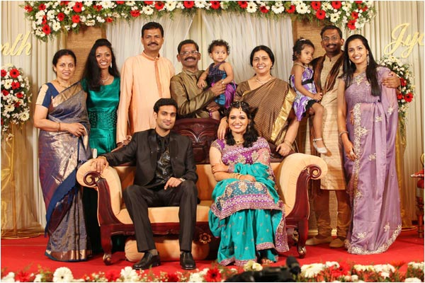 Wedding Reception Stills of Singer Jyothsna  Playback SInger Jyothsna Wedding Reception Photos gallery