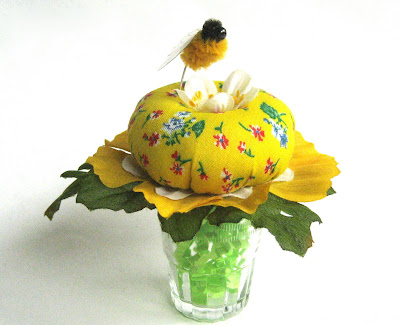 diy: blossom and bumblebee pin cushion