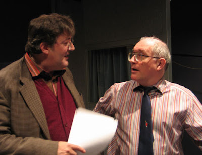Stephen Fry as Murray Bost Henson and Simon Jones as Arthur Dent in The HitchHiker's Guide To The Galaxy - Quandary Phase