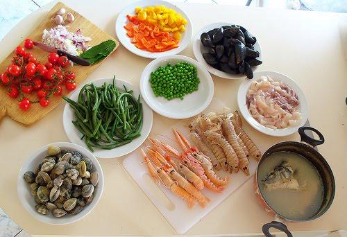 La cucina di albertone paella de pescado - Paella de pescado ...