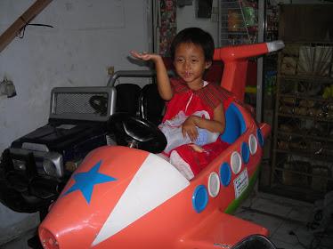 Astronot Yuni