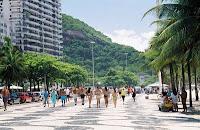 http://www.caminandosinrumbo.com/brasil/rio/copacabana/copacabana.jpg