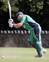 Skerries close in on playoff place