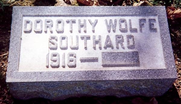Dorothy Elizabeth Wolfe Southard's stone