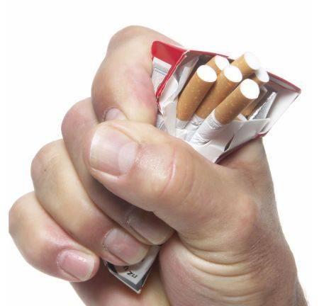 Пожилой человк бросил курить последствия