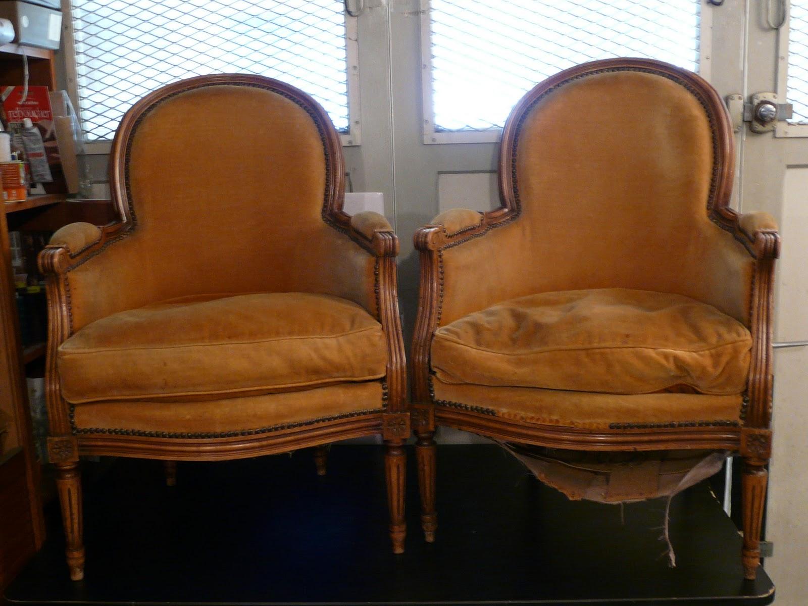 LE SIEGE DANS TOUS SES ETATS Paire De Bergres Louis XVI