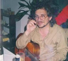 La guitarra, una pasión escondida de Antonio Rico