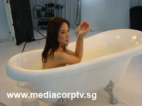sexy fiona xie bathing - 07