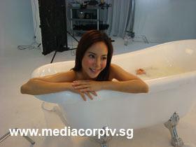 sexy fiona xie bathing - 09