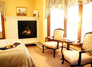 Brewster House Bed &amp; Breakfast, Marshall Point Room (4)