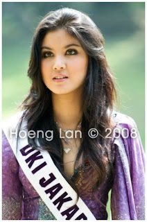 Foto FB Miss Indonesia '08, Hot dan Sexy