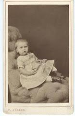 Fanny Lovise Ipsen som 2-årig, 1876