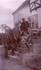 Carl Vilhelm, Fanny, Kjeld, Grethe og gæster ca.1911