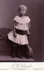Yelva Lange ca.1890