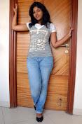 Anjali Most Cute Looking Stills Gallery-thumbnail-8