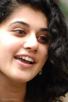 Jummandi Naadam Vastadu Naa Raju Heroine Taapsee latest cute looking face close up photo shoot pics images stills photos pictures galllery sexy stills