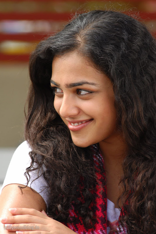 Nitya Menon Cute Looking Stills from Ala Modalaindhi Telugu Movie glamour images