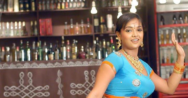 Film Actress: Tanu Roy Huge Navel Show In Wet Blouse