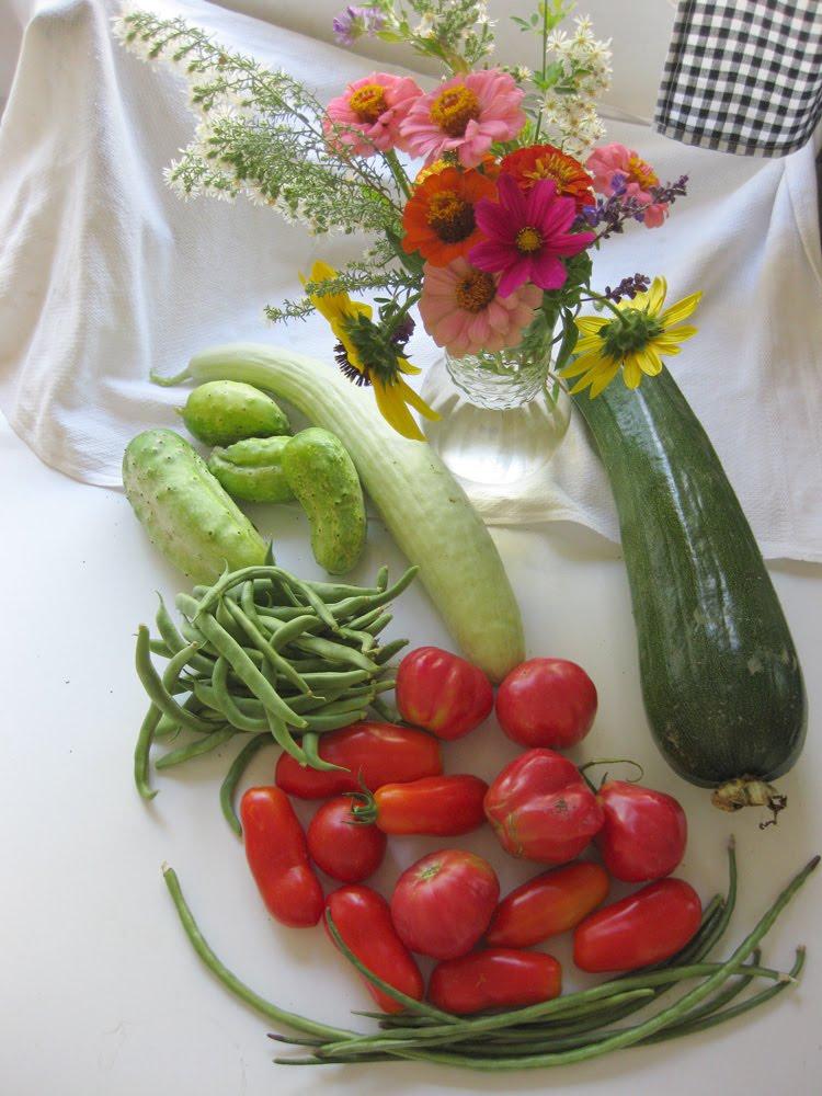 The four dog fig farm weekend edition fall gardening tasks - Fall gardening tasks ...