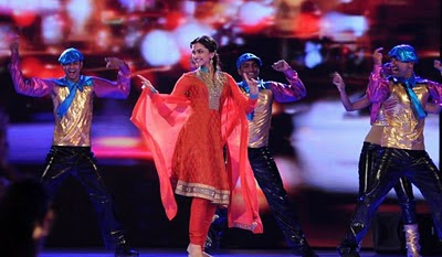 Deepika Padukone Performs at Music Ka Maha Muqqabla