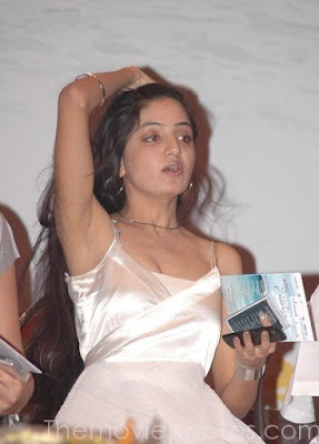 sexy Poonam Kaur cleavage ~ Celebrity wallpapers