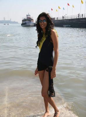 Anushka Manchanda photos