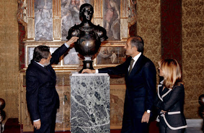 Camps destaca la figura de Alfons el Magnánim para convertir la Comunitat en punto de referencia de decisiones políticas, económicas y sociales - http://noticiascomunitat.blogspot.com