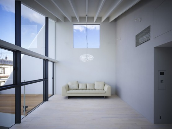 Minimalist japanese wrap house by future studio art for Minimalist living japan