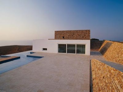 Hill-House-and-Landscape-Design-of-Krater-House-by-Deca-Architecture