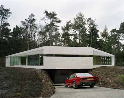 Minimalist Villa in Woodlands of Holland by PowerHouse