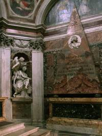 Bernini's Habbakuk and the Angel and Agostino Chigi's pyramidal wall tomb