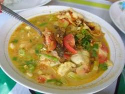 so care always share makanan khas betawi   soto betawi