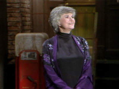Bea Arthur hosts Saturday Night Live