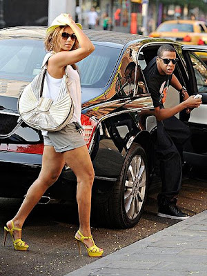 pictures of beyonce and jay z wedding. jay z and eyonce. jay z and