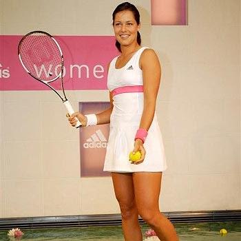 Ana Ivanovic vestido tenis corto