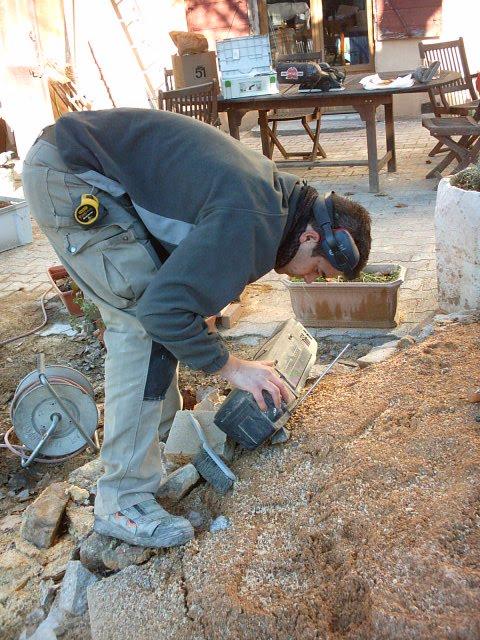 Le chantier des apprentis sages pr paration pour la descente du solivage - Je coupe le son et je remet le son ...