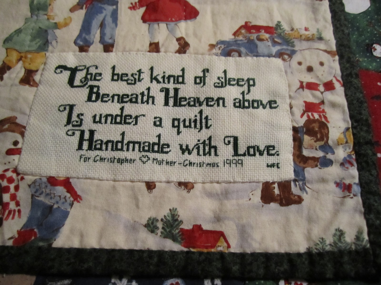 Christmas Quilts - Wendys Hat : handmade quilt labels - Adamdwight.com