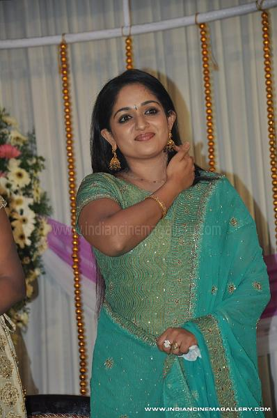 nair wedding kavya madhavan navya nair wedding divya unni navya nair