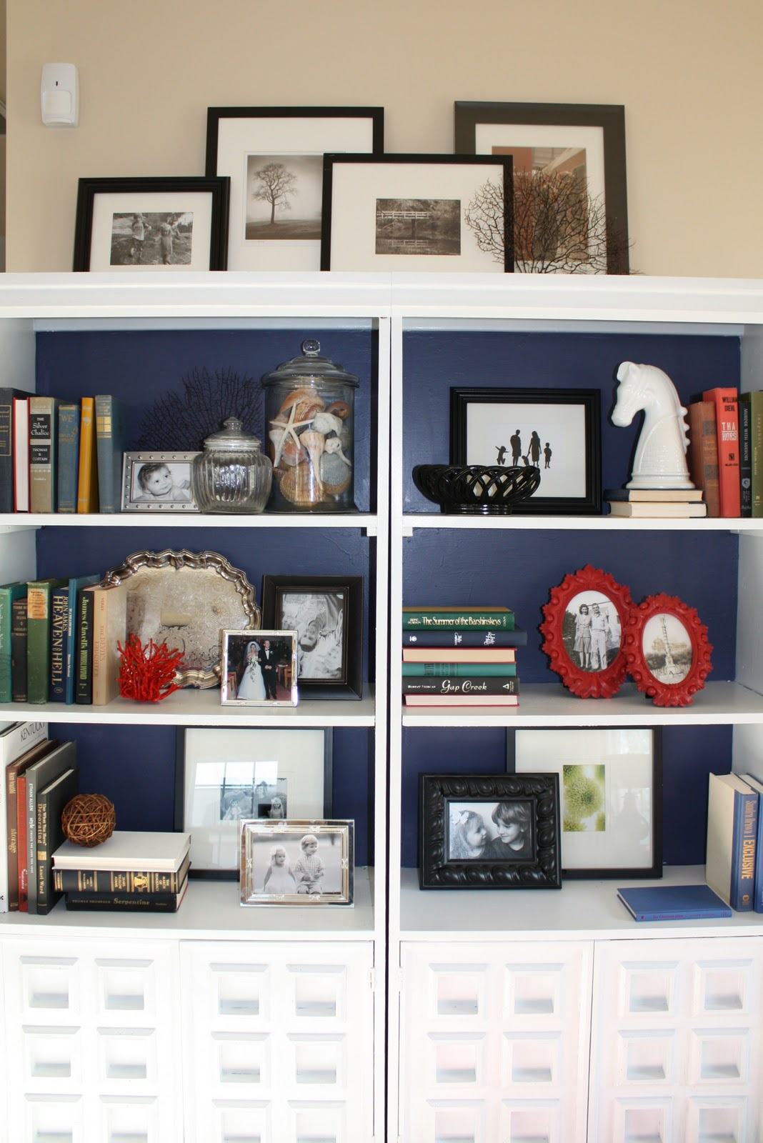adventures in bookcase styling - Styling Bookcases