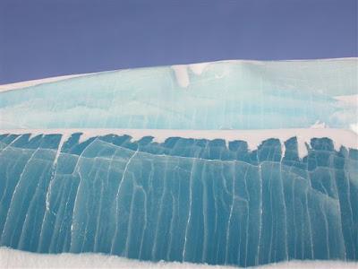 glaciar de hielo transparente 2