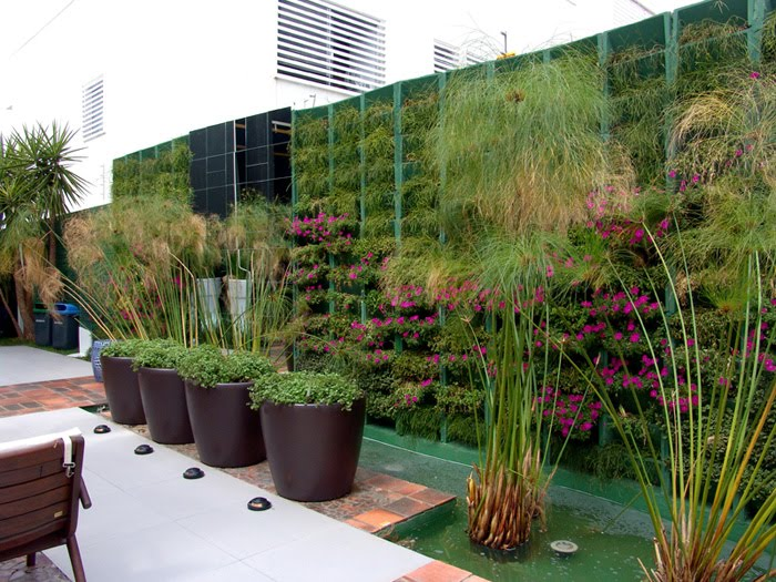 fotos de jardins horizontais : fotos de jardins horizontais:Blog Demais: Jardins verticais viram mania na ambientação de casas e